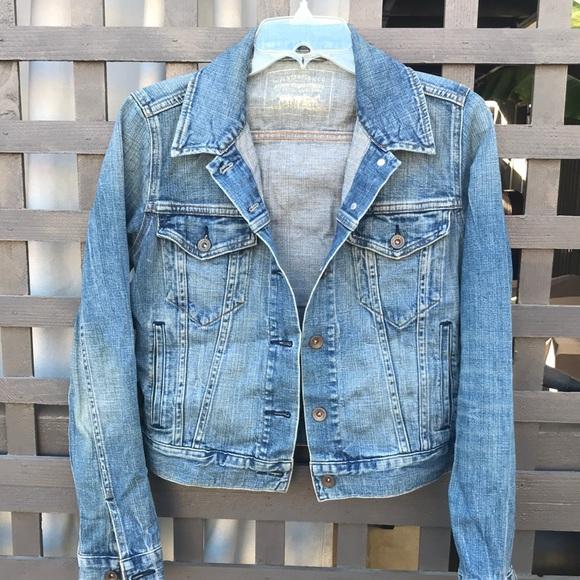 Original Levi's Jean jacket, w/inside pockets